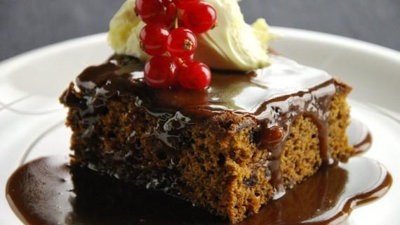 sticky-toffee-pudding-cake