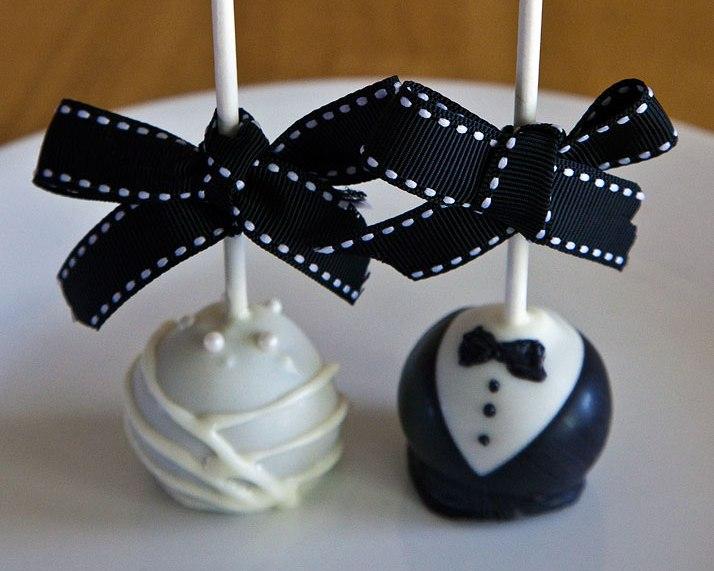 1300919894-cakepops01