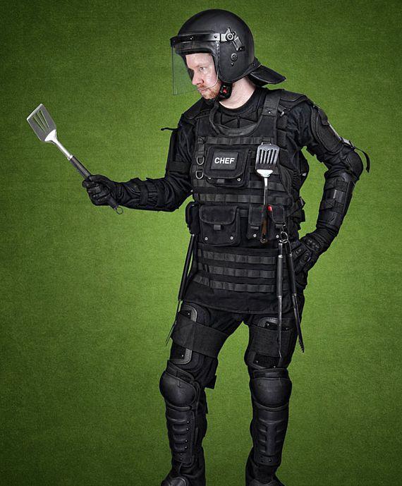 tacticalBBQapron3