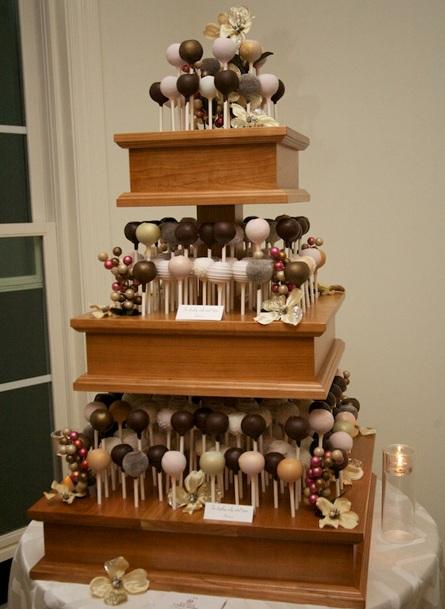 Wedding Cake Pops (1)